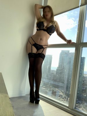 Livie escorts, thai massage