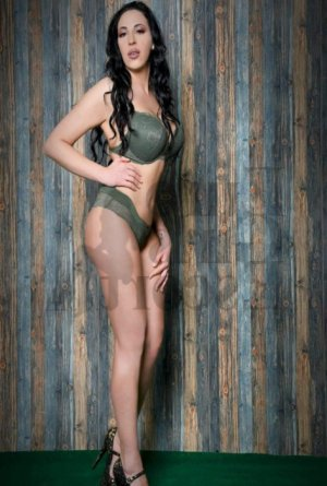 Charlyn call girl in Durango and thai massage