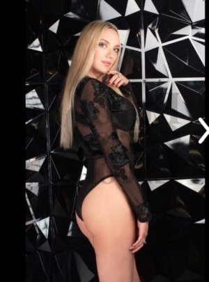 Najoie erotic massage & live escort